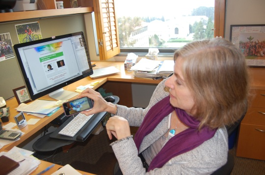 Dr. Jennifer Doudna with CRISPR Cas9 3D printer model on cell phone